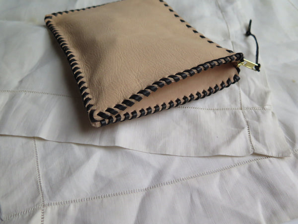 Small Zipper Pouch with Gusset