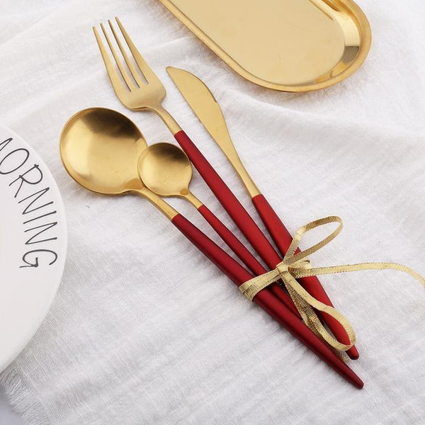 Sentona Set - Red Gold - Wallencia Home Decor