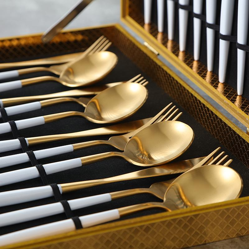 Lux Sentona White & Gold - Silverware Set - Wallencia Home Decor