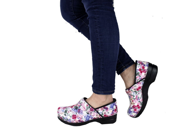 Sanita Cabot Women's Rose Flower Print Chef Clog - life style view