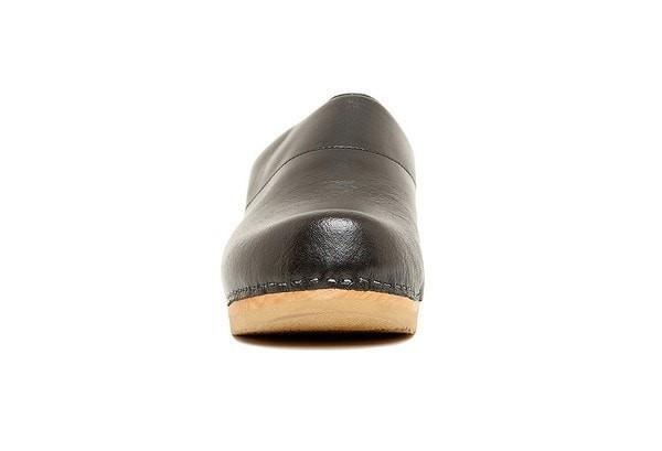Bragard Sven Chef Clogs Black Front