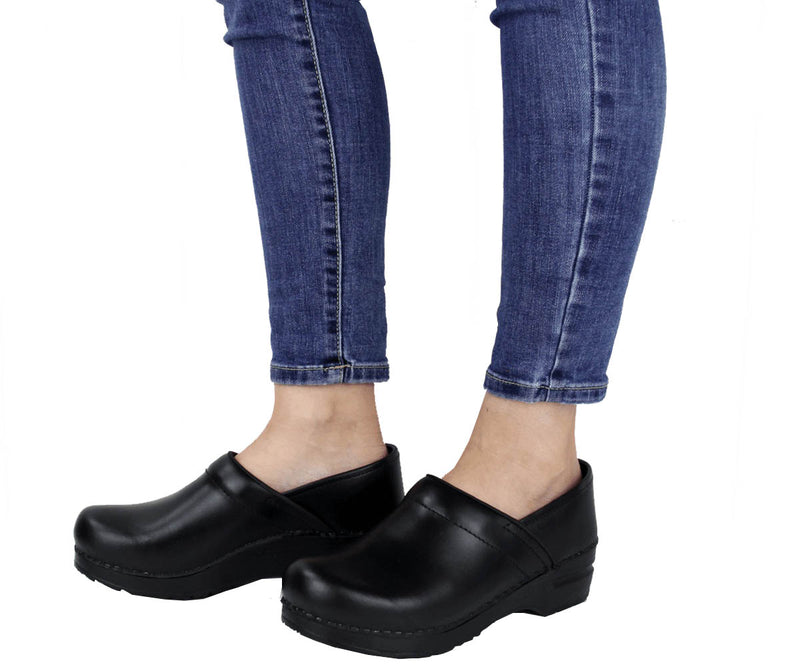 Sanita Pro. Cabrio Women's Black Blue Brown Grey Bordeaux Chef Clog -ls view