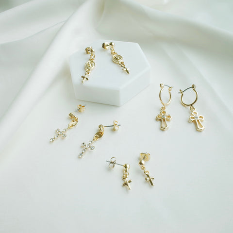 The Faithful Earring Set in Gold