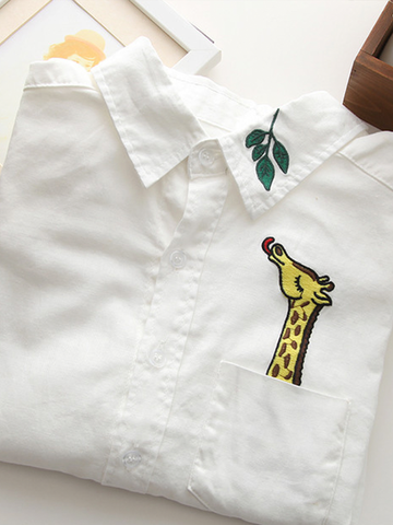 giraffe embroidered shirt