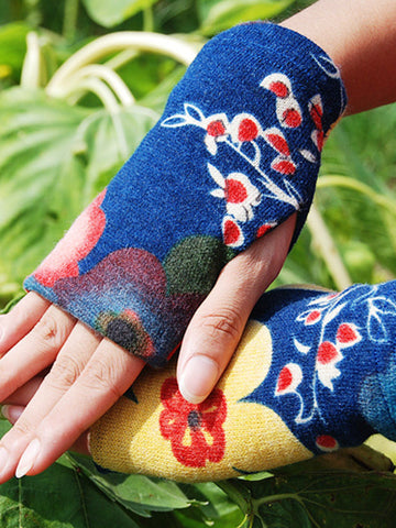 retro style tri-color wool gloves