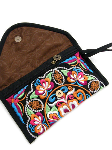 Yunnan ethnic embroidery clutch