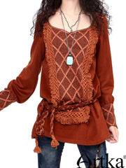 turn around tassel folk top