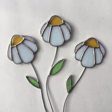 Stained Glass Daisy Plant Stake