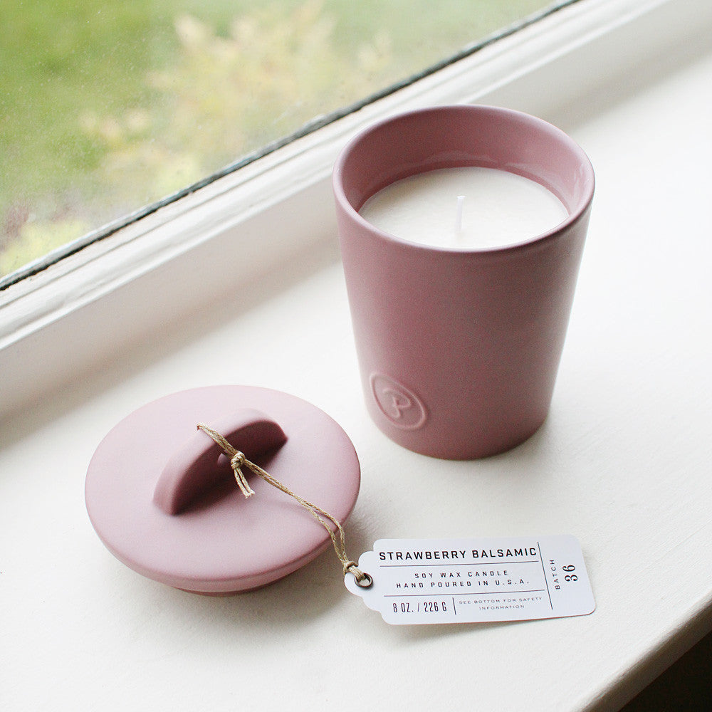 strawberry balsamic candle - www.mignonshop.com - 2