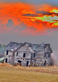 Not too many sunsets left for this abandoned farmhouse