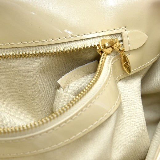 Louis Vuitton Sobe Grive Ivory Vernis Leather Clutch Bag