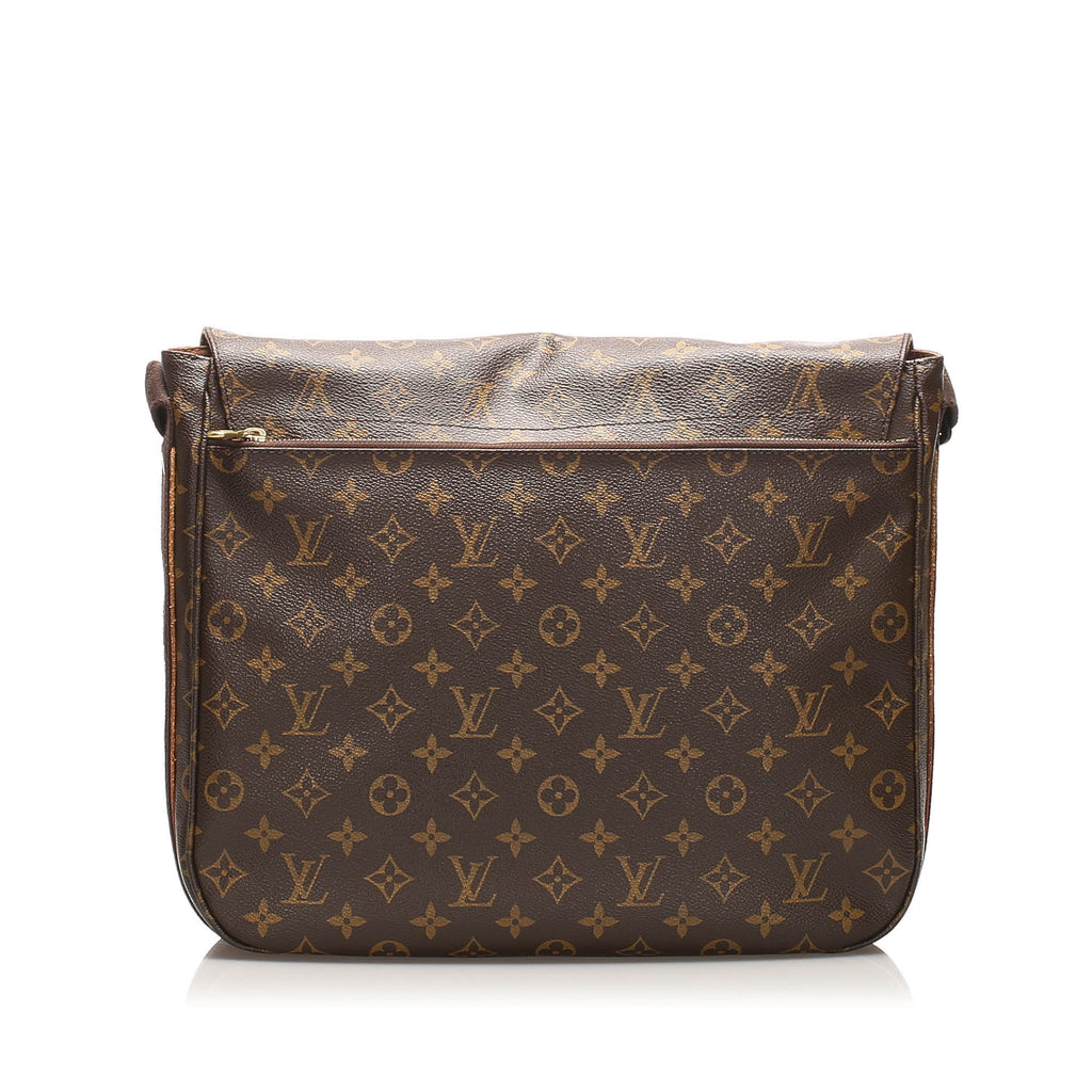 Louis Vuitton Monogram Beaubourg MM
