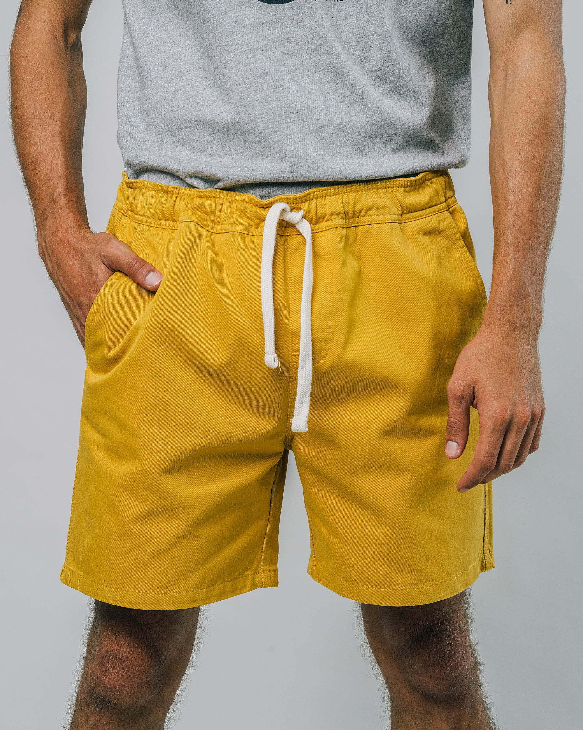 Discover our Narciso Summer Shorts made of Organic Cotton. Fair & sustainable Shorts for Men by Brava Fabrics, ethically made in Portugal. ✓ Fair ✓ Eco