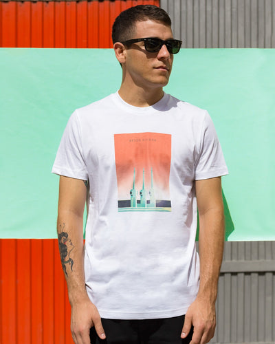 Brava Fabrics - Men's Short Sleeve T-Shirt - White Men's T-Shirt - Casual T-Shirt - Hipster T-Shirt - 100% Cotton - Model Besos Riviera