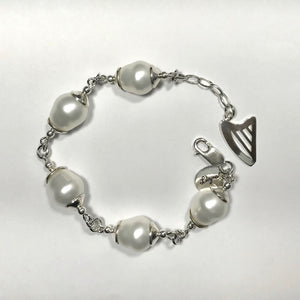 Big pearls and Celtic harp bracelet