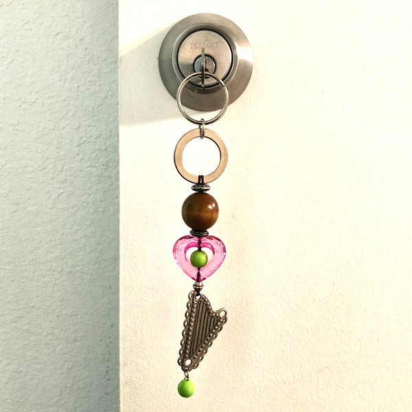 Key Holder/Purse Charm with GREEN HEART & METAL HARP