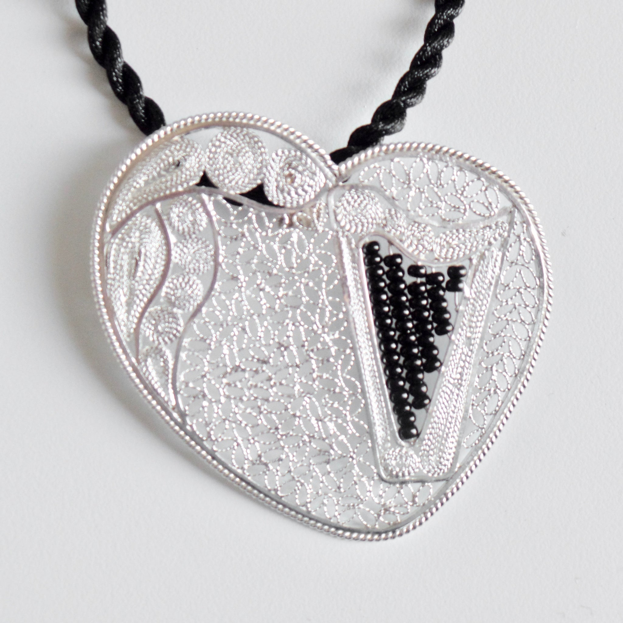 "Lace-filigree & BLACK ""chaquira beads"" heart harp pendant"