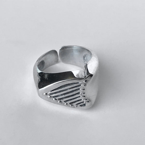 OLGA Celtic harp ring
