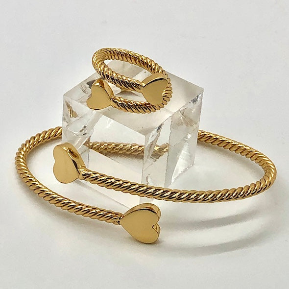 NEW! 24K Gold Plated ROPE RING WITH HEARTS