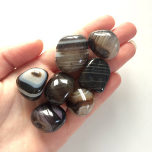 black banded onyx tumbled stones stone 20mm