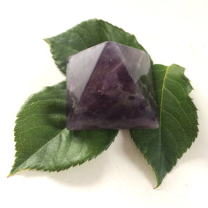 Amethyst purple pyramid polished point 35mm