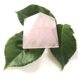 Rose quartz pyramid polished point 35mm