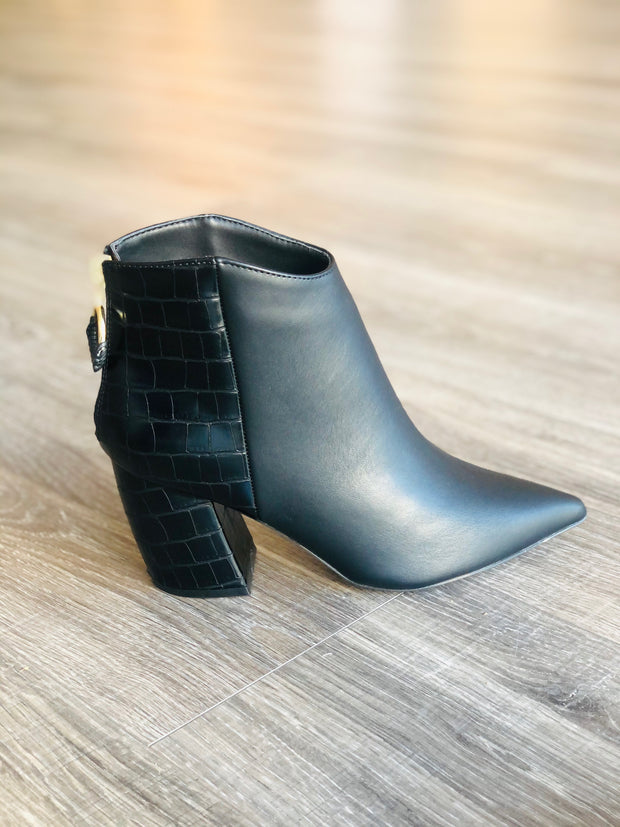 Black Crock Bootie