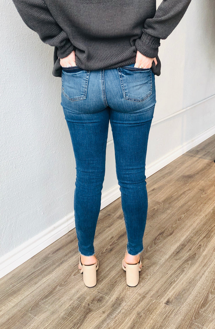Stone High Rise Connie Jeans