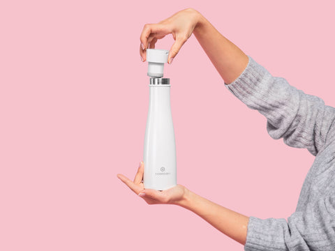 LIZ the Smartest Self-Cleaning Bottle