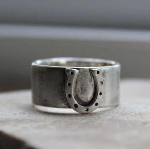 Wide Equestrian Horseshoe Ring of Sterling Silver