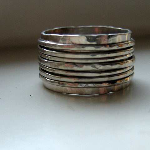 White gold spinner wedding band