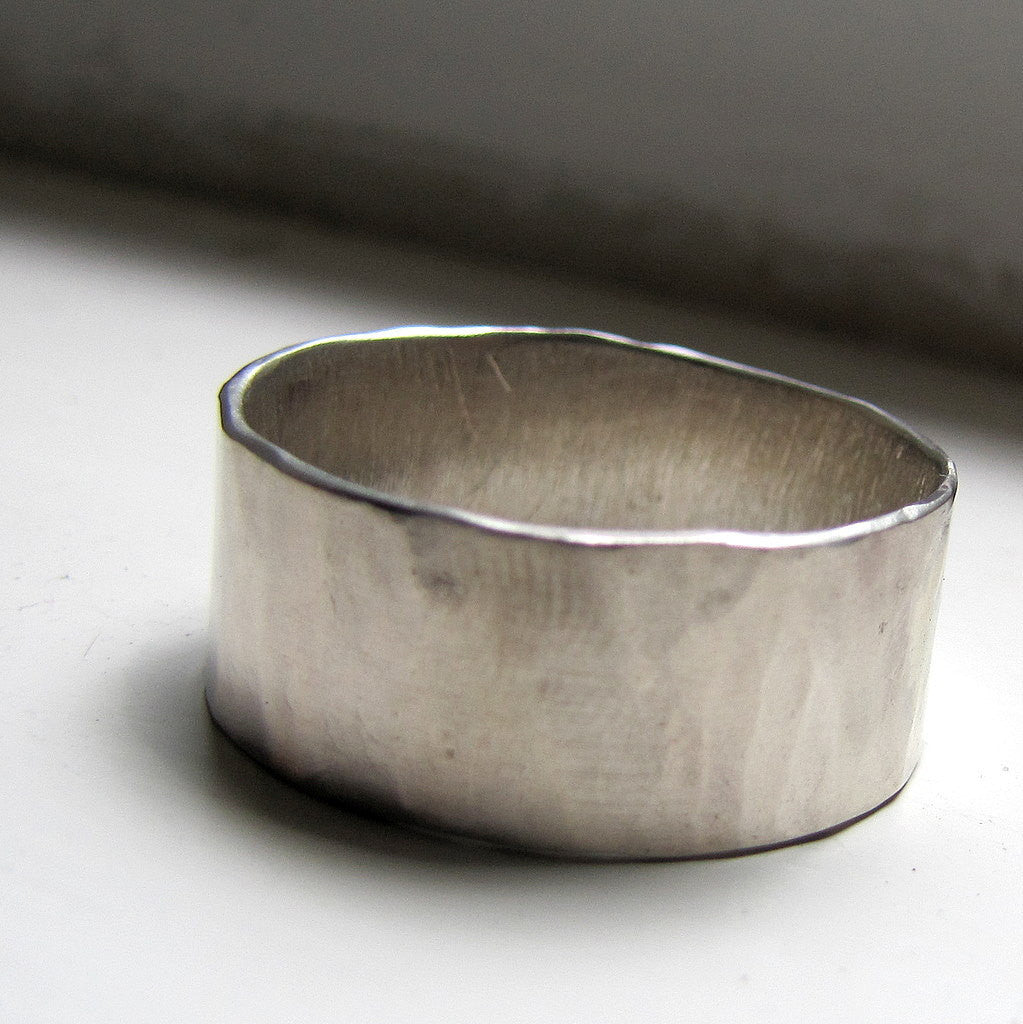Rustic Plus Size White Gold Unique Wedding Ring For Men or Women
