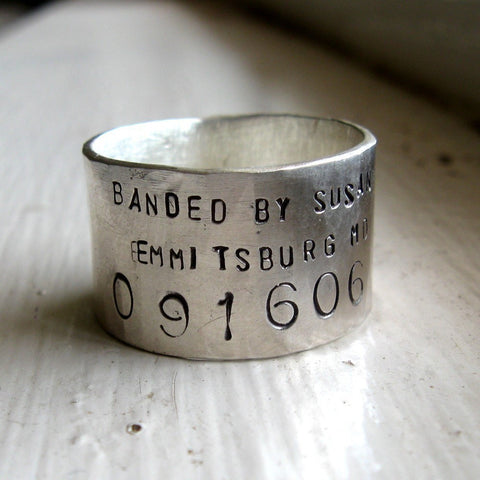 Unique Bird Band Ring - Personalized Wedding Ring