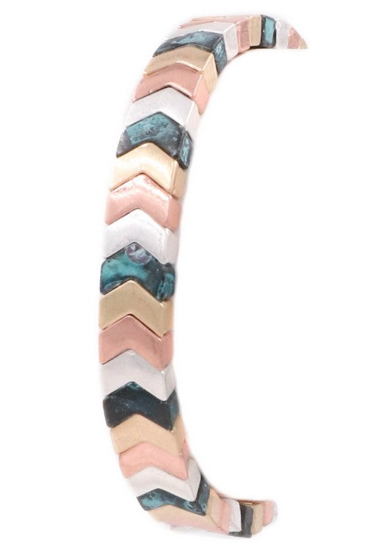 Headed for Gold Chevron Stretch Bracelet