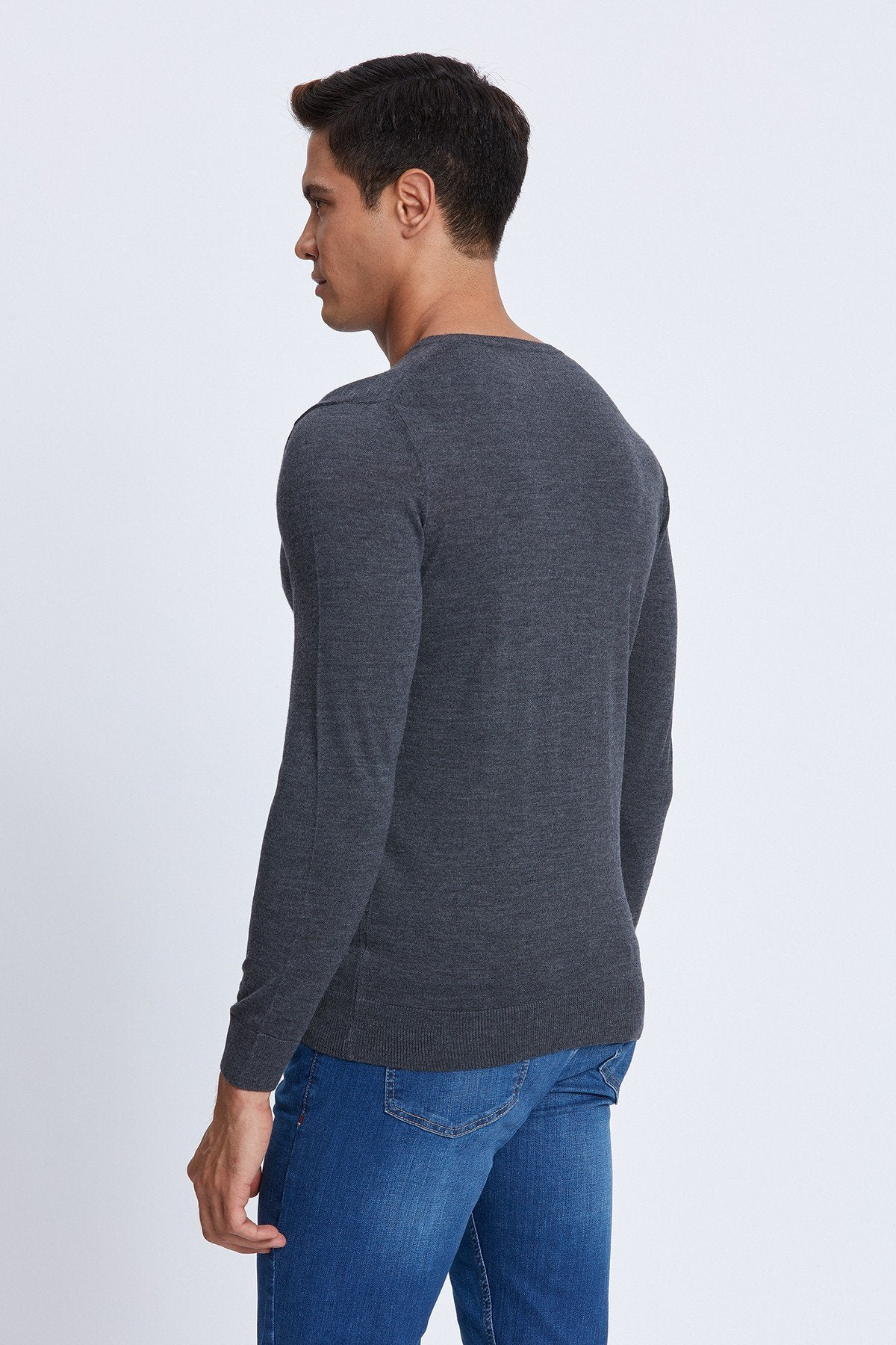 V-Neck Merino Sweater in Charcoal