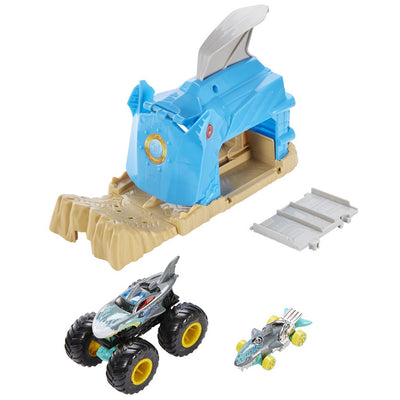 HOT WHEELS MONSTER TRUCK LAUKAISIN JA AUTOT - TEAM SHARK WREAK