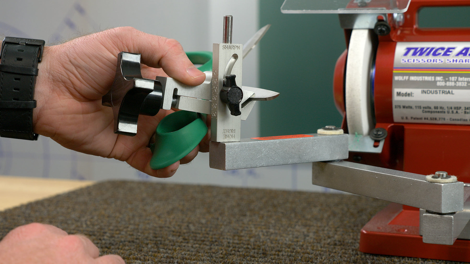 How to Sharpen a Pair of Scissors on the Twice as Sharp® Sharpening System