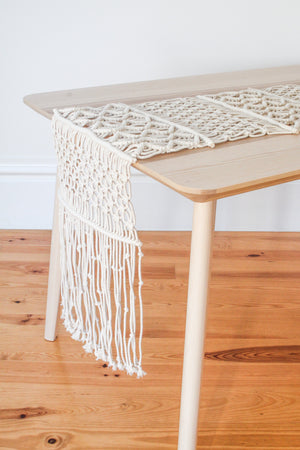 Byndji Macramé Table Runner