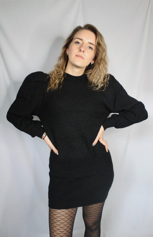 Robe pull manches bouffantes Noir - Extravagante