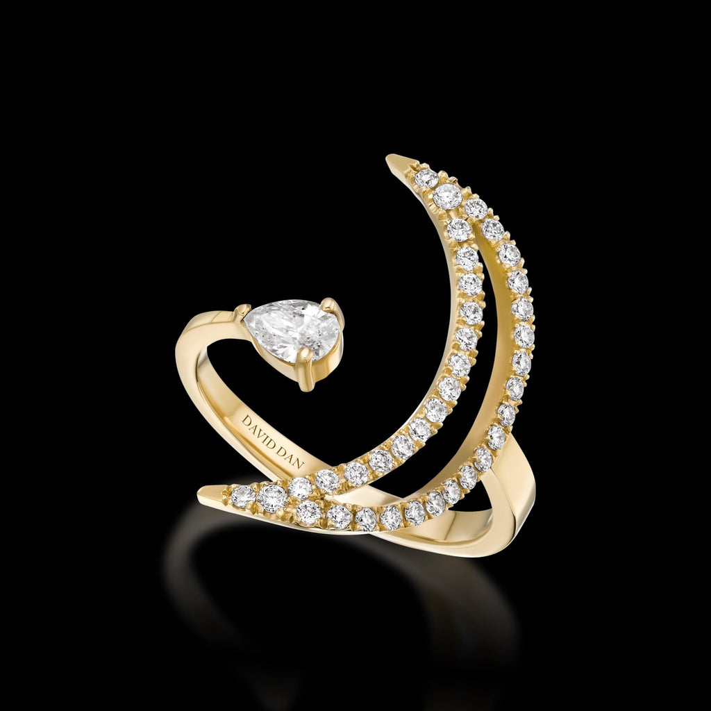 LUMINOUS 18K Yellow Gold Diamond Ring