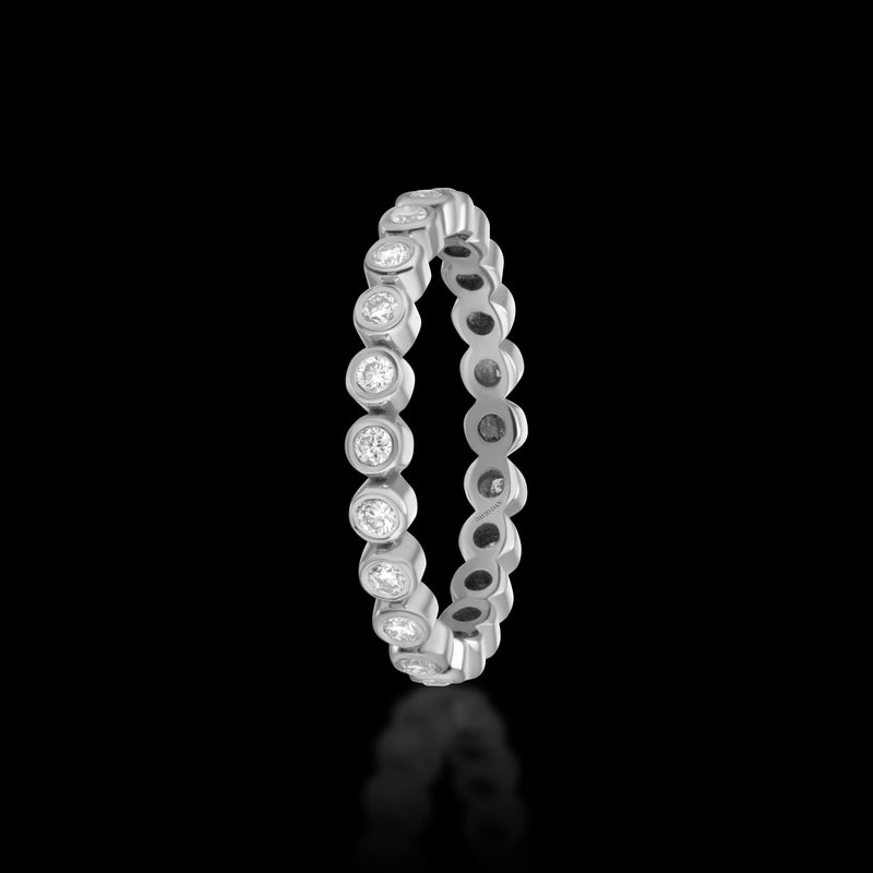 PACIFIC 18K White Gold Round Diamond Eternity Band