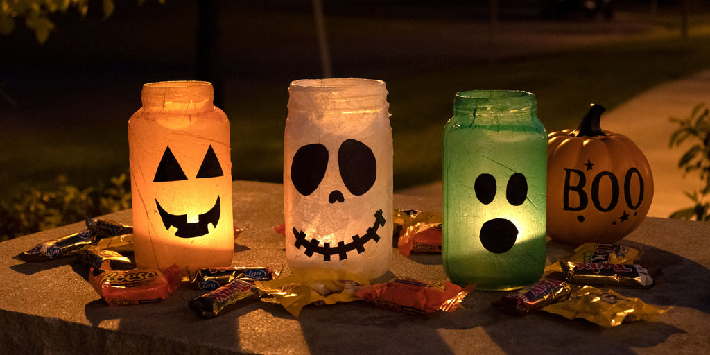 How to Reuse Mason Jars to Make Halloween Luminaries