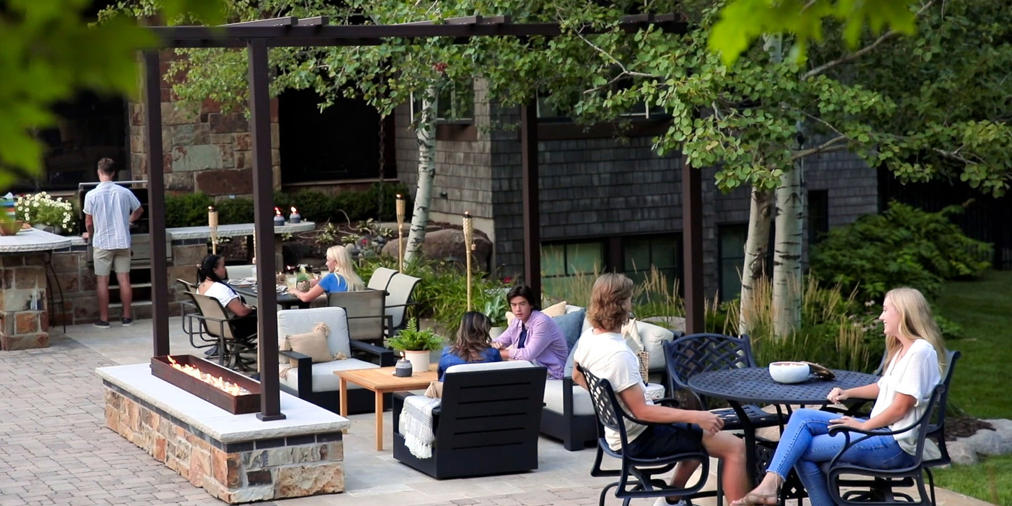 3 Spring 2021 Outdoor Living Trends to Make Your Patio Feel Cozy | Patio Essentials