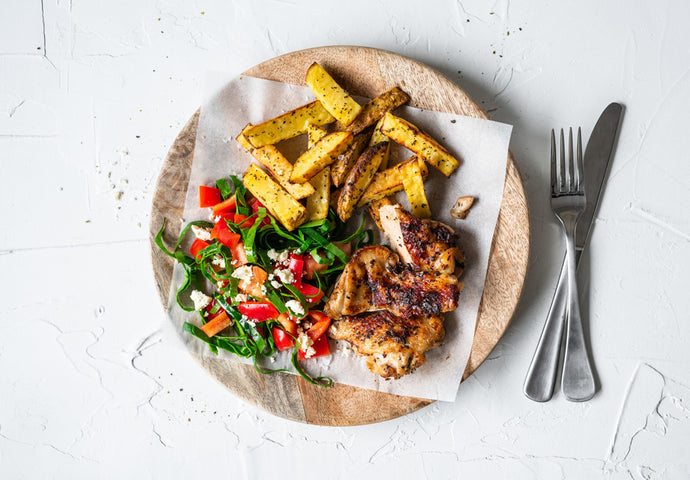 Herbed Chicken, Chips & Salad
