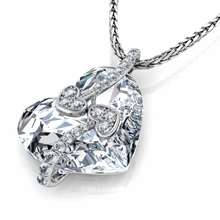 Load image into Gallery viewer, Crystal Heart Necklace