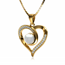 Load image into Gallery viewer, Gold Pearl Pendant
