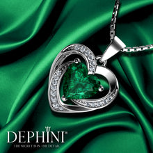 Load image into Gallery viewer, Heart Green Necklace