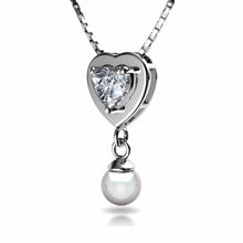 Load image into Gallery viewer, Small Heart Pearl Pendant