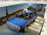 JB53L voiture 1/43 IXO 007 JAMES BOND Renault 11 taxi a view to kill