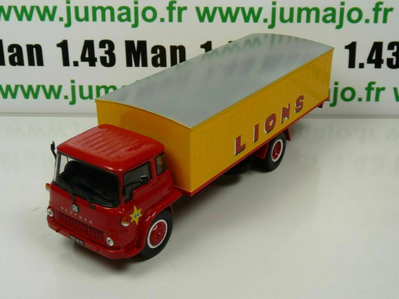 PIN17B 1/43 IXO CIRQUE PINDER : Bedford Transport de lions (cages)